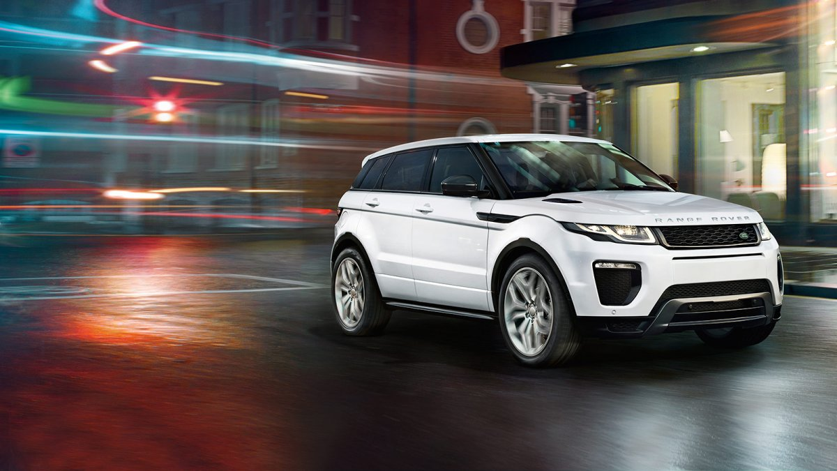 7 Reasons to try the New Range Rover Evoque