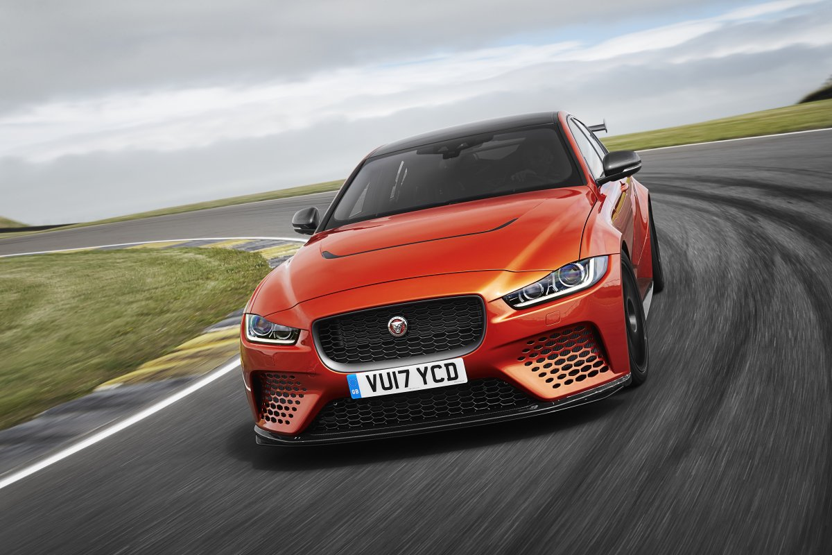 NEW JAGUAR XE SV PROJECT 8