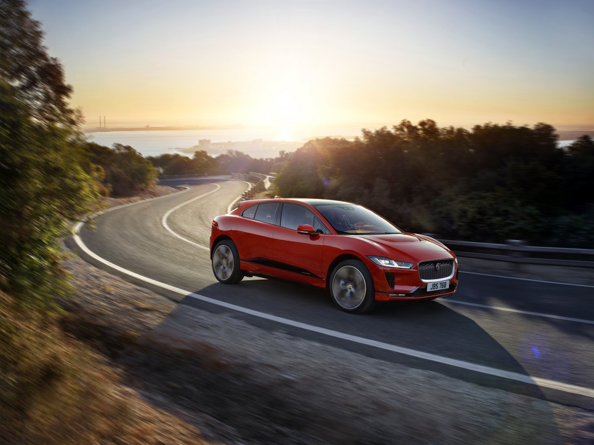 JAGUAR CHARGES AHEAD WITH NEW ALL-ELECTRIC I-PACE